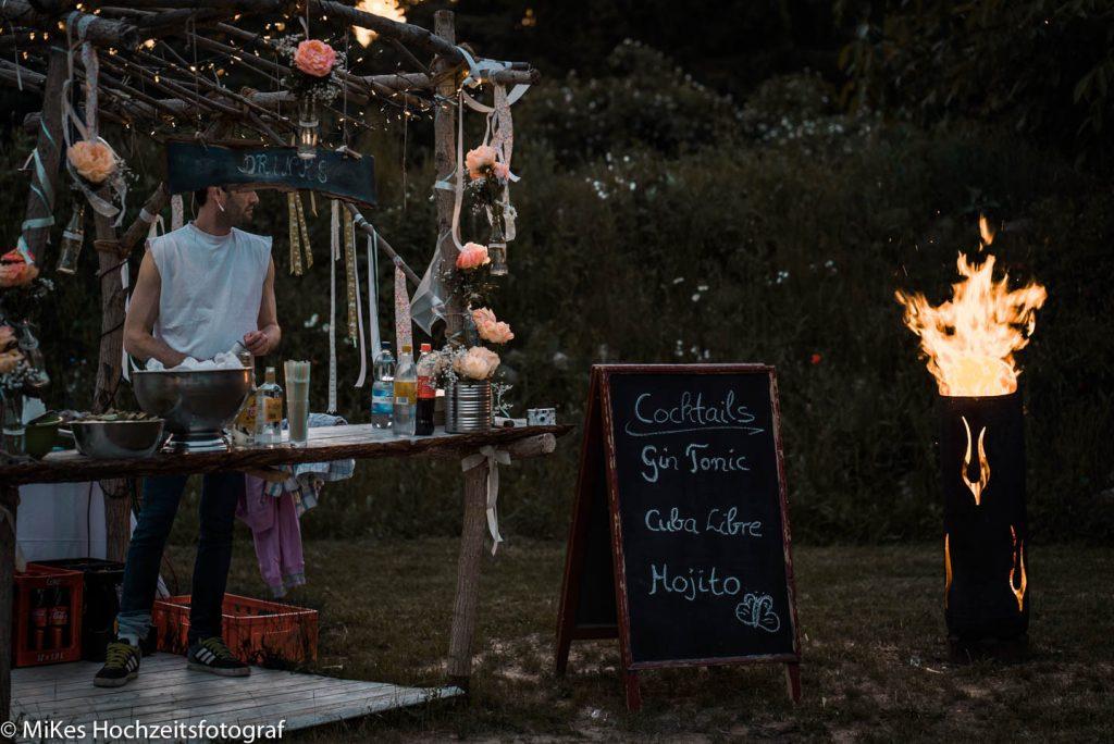 Bar im Garten mit MiKe's Hochzeitsfotograf