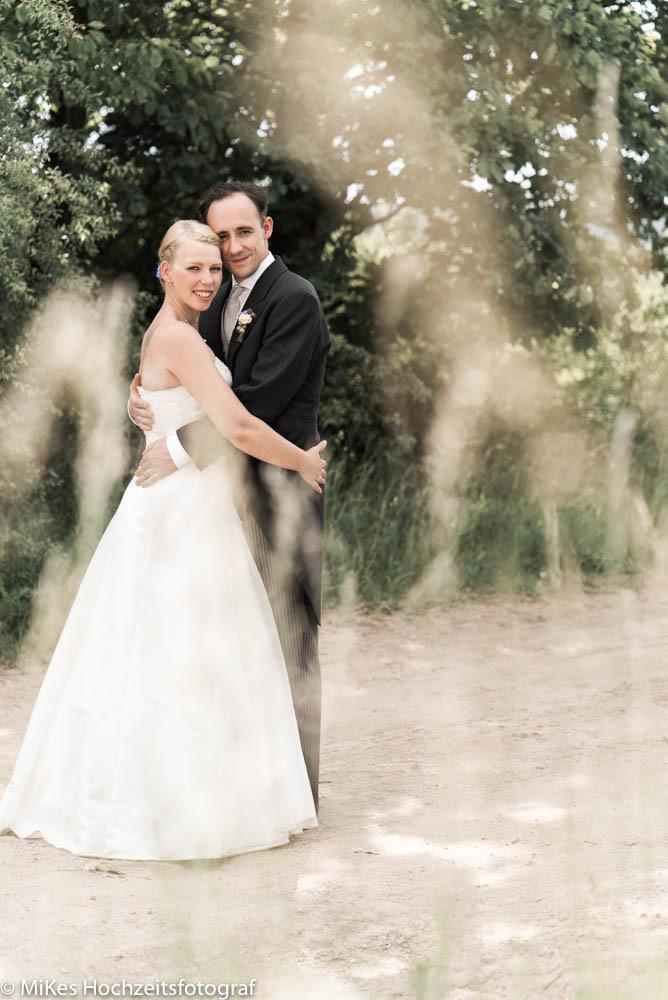 Brautpaar auf Weg