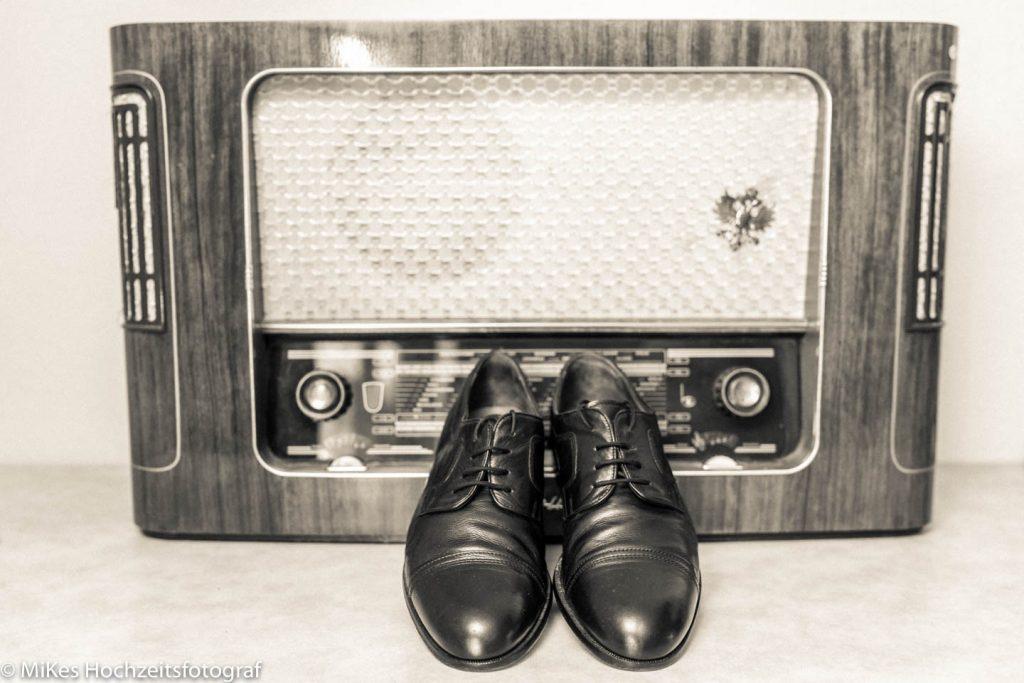 Vintage Schuhe mit MiKe's Hochzeitsfotograf aus Berlin