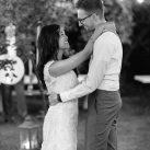 Vintage Hochzeitstanz im Garten
